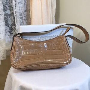 Tommy Hilfiger small tan purse, light brown purse